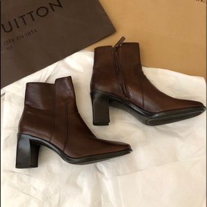 Antonio Melani Leather Boots